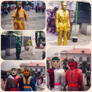 Patung-patung Bertalenta + Ondel-Ondel